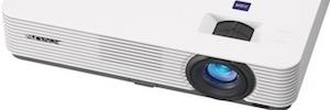 Sony mejora el brillo y la relación de contraste en los nuevos proyectores de la Serie D