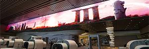 La T4 de Changi instala una de las pantallas indoor más grandes del mundo en un aeropuerto