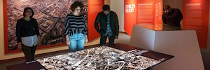 Una proyección cartográfica en 3D dinamiza la nueva exposición del Instituto Leo Baeck