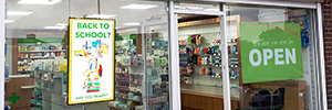The DSF265P support Peerless-AV is used in digital signage solutions pharmacies in England