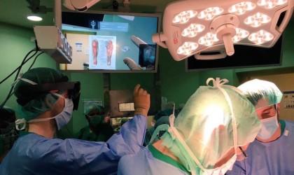 Hôpital Gregorio Maranon Microsoft HoloLens exovite