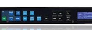 Optoma incorpora tres procesadores a su gama 4K Chameleon para salas de reuniones