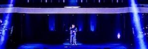La proyección holográfica de Panasonic y NovaLine 'revive' a André Hazes