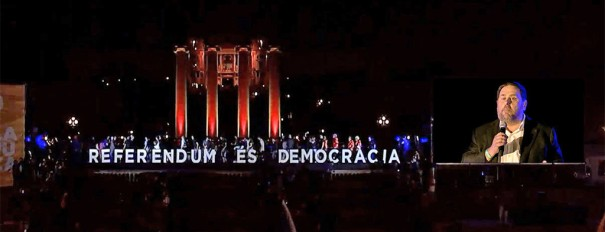 Pantallas Led Eikonos Referendum Barcelona octubre 2017