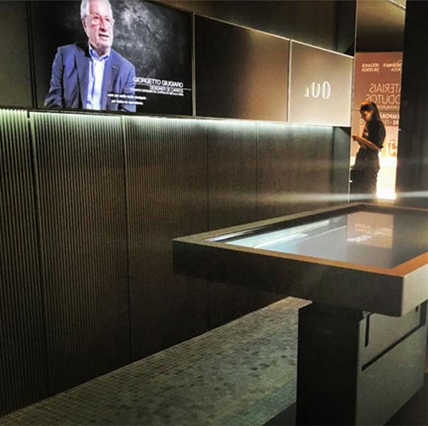 Roca ofrece una experiencia din mica e interactiva en for La roca gallery