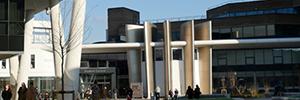 La Universidad de Huddersfield fomenta la colaboración con un renovado sistema AV