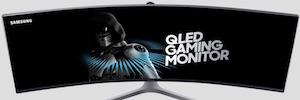"""Samsung mantiene su apuesta por el diseño curvo con un monitor de 49"""" ultra panorámico"""