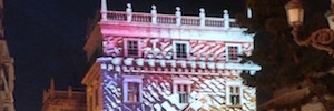 Valencia celebró su gran día con espectaculares animaciones 2D y 3D proyectadas en fachada