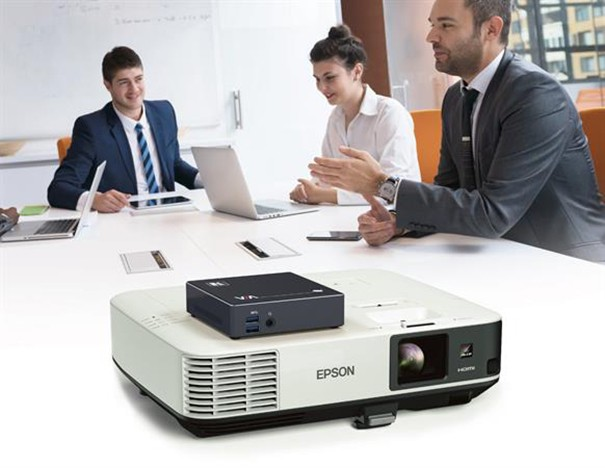 Via Kramer Go et projection Epson