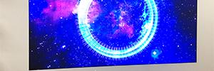 El showroom europeo de Samsung utiliza los soportes de Peerless-AV para sus pantallas Smart Led