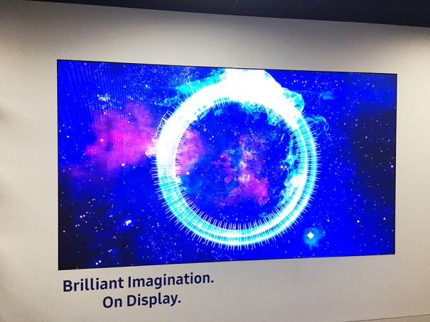 Samsung Showroom Chertsey SmartMount Led de Peerless