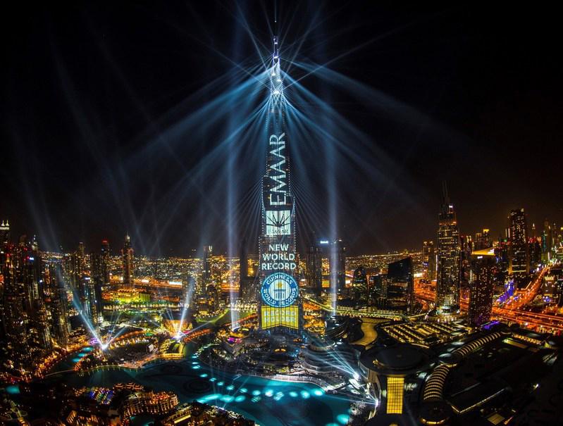 El Espect 225 Culo Light Up 2018 Del Burj Khalifa Entra En