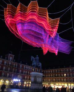 Centenario Plaza mayor Madrid Jane Echelman Mecanismo ingenieria