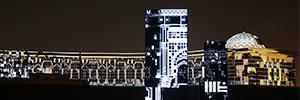Tigrelab proyectó sus obras 'Monolith' y 'Sunrise' en el Sharjah Light Festival 2018