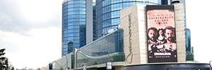El centro comercial Akmerkez exhibe la pantalla Led más grande de Turquía