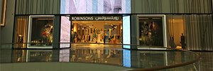 BrightSign promotes the network of digital signage of shop Robinsons in Dubai