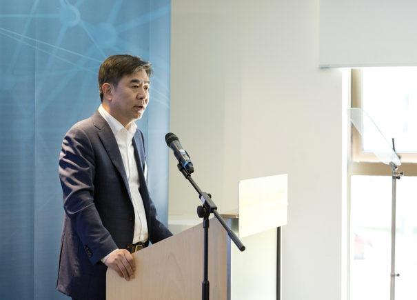 Samsung Centro AI Cambridge - Hyun-suk Kim, presidente y jefe de Samsung Research