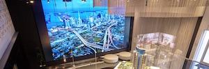 Paramount Miami WC usa un gran videowall de Planar como activo en la venta de condominios