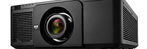 NEC PX1005QL: proyector 4K de instalación para grandes espacios