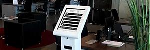 El concesionario Carclasse instala las soluciones de digital signage de Partteam & Oemkiosks