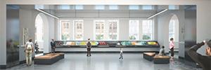 El museo V&A capta la atención del visitante con un original videowall táctil