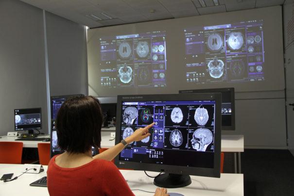 Ib Quaes y Siemens Healthineers aula simuladores