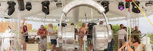 El Opening Party del Ocean Beach de Ibiza se iluminó con Martin by Harman