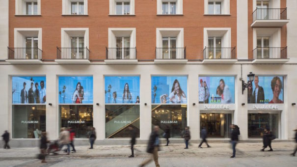Trison Pull and Bear Madrid Inditex