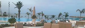 Los altavoces de Work Pro se integran en el estilo minimalista del Lebay Beach Hotel