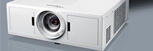 Optoma ZU500TST: proyector láser DuraCore para digital signage y videoconferencia