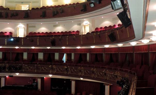 Meyer Sound urround UPJ musical Billy Elliot