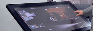 KIA installs in your dealer's Istanbul Zytronic sensors multitouch tables