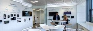 Crestron EMEA inaugura su nueva sede y centro de experiencia en Milán