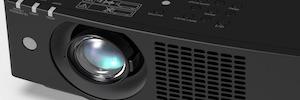 Panasonic desarrolla la serie VMZ de proyectores láser portátiles de hasta  6.000 lúmenes