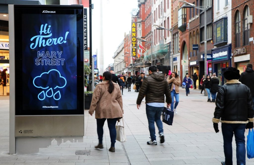 JCDecaux introduces for the first time a network of DooH screens ...