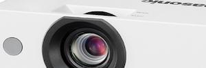 Panasonic renueva la serie LB con seis proyectores portátiles de bajo mantenimiento