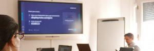 Weber Economía y Salud impulsa la colaboración interna con la pantalla interactiva X6 de Newline