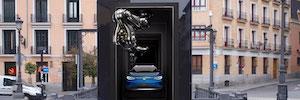La creatividad 3D llega por primera vez al mobiliario digital urbano